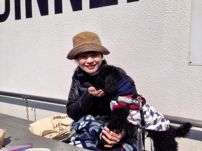 フリーライドカフェ/テラスと犬