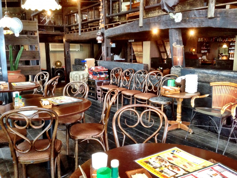 Venus Cafe/店内山側